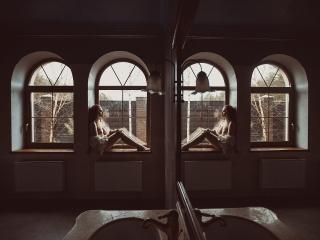 Ню Арт дома у девушек, в студии 2301 и в подводной студии Аш2Ноль